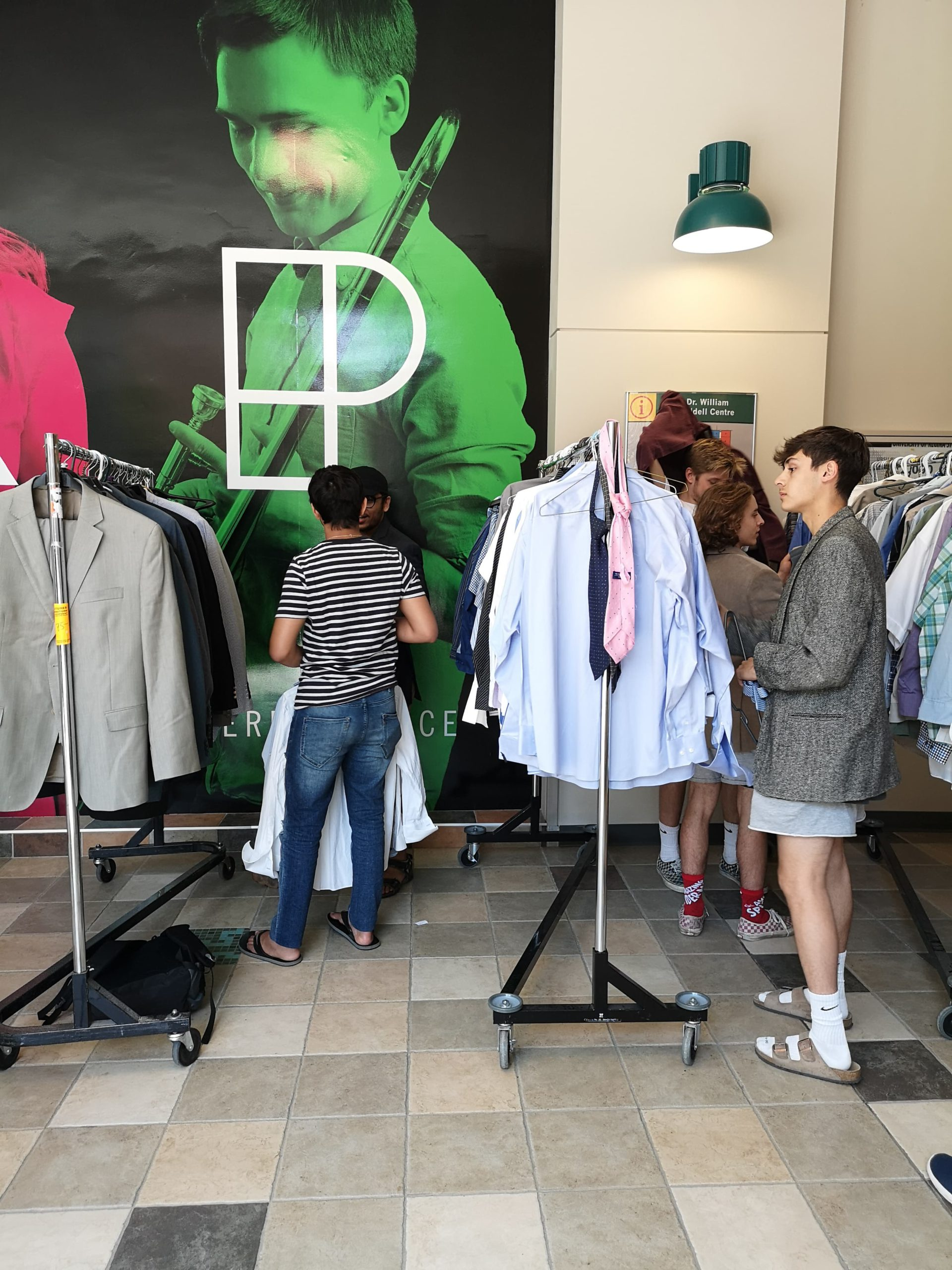 URSU Threads Program Helps Students Suit Up for Working World